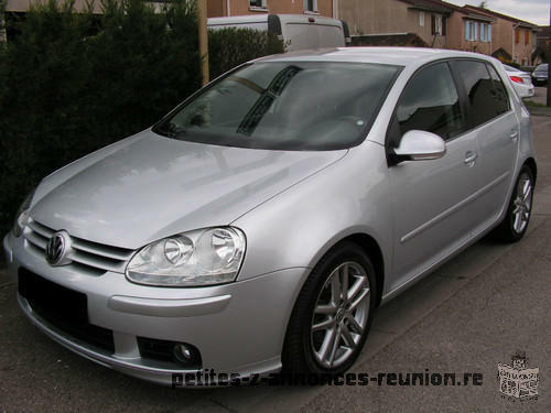 Volkwagen GOLF 5 in very good working condition