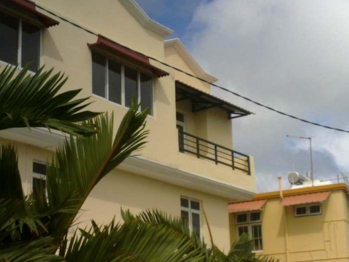 Appartement dans la villa de christiane avec Transfére de l'aéroport